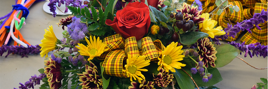 Floral Design Workshop Holiday Centerpiece Queens