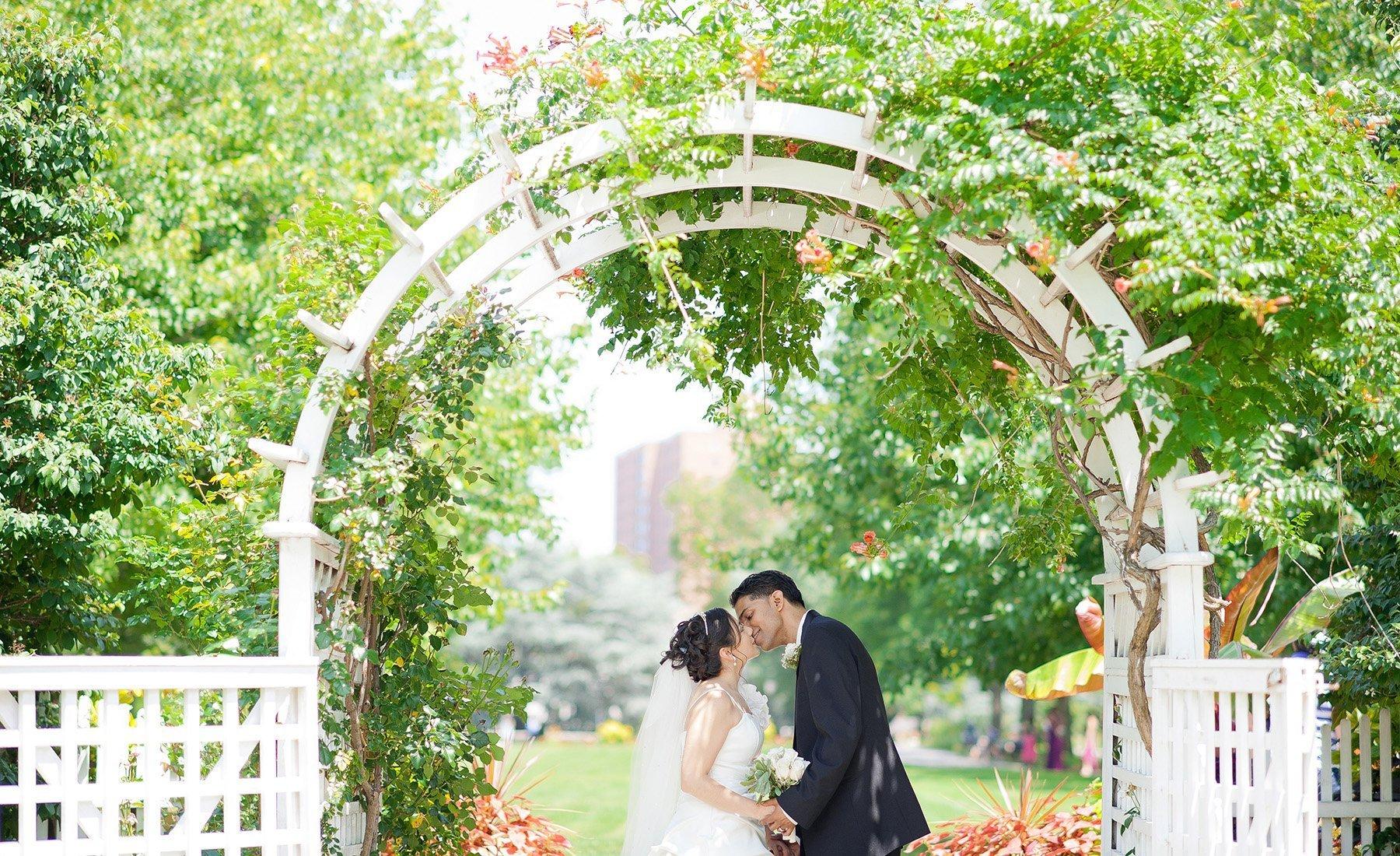 Weddings Parties Queens Botanical Garden